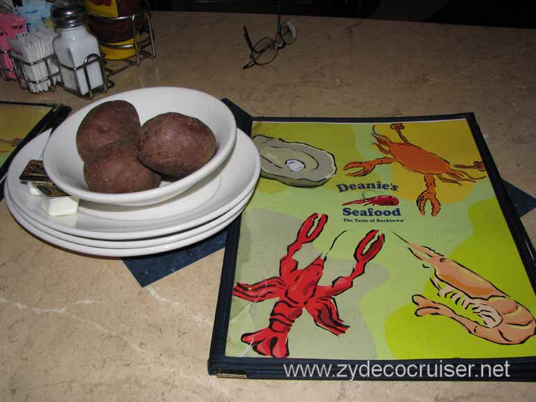 003: Deanie's, New Orleans, French Quarter, Boiled potatoes