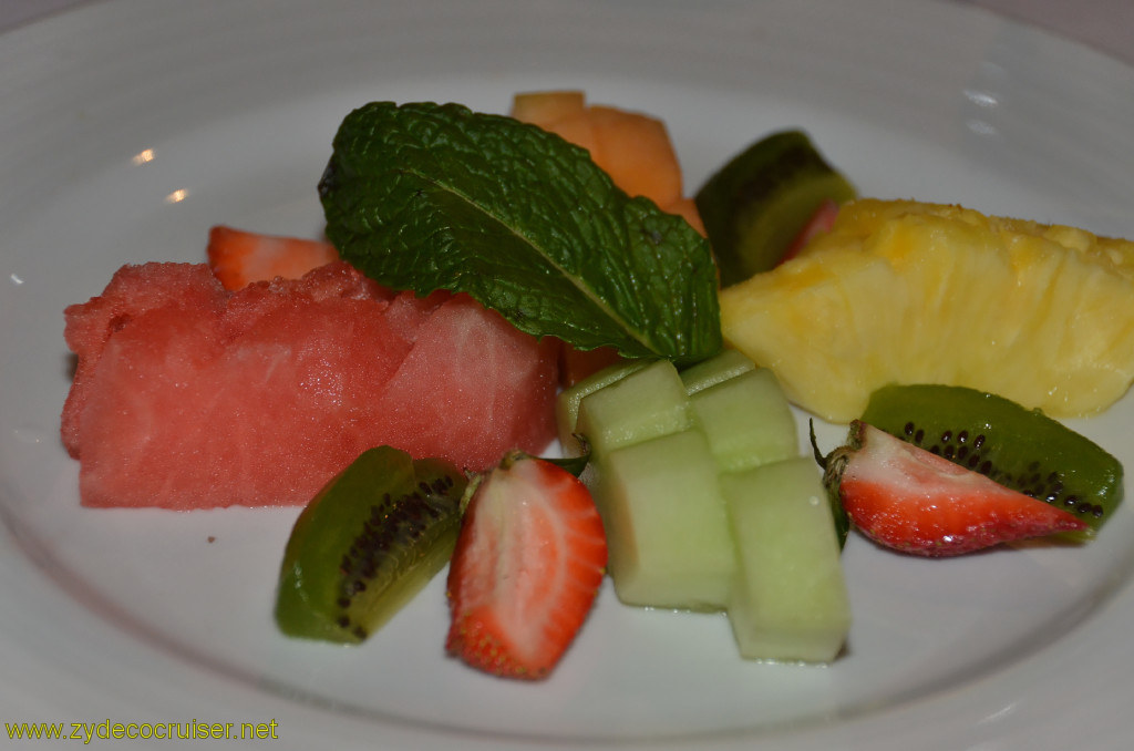 Carnival Conquest, New Orleans, Embarkation, MDR Dinner, Fresh Tropical Fruit Plate,