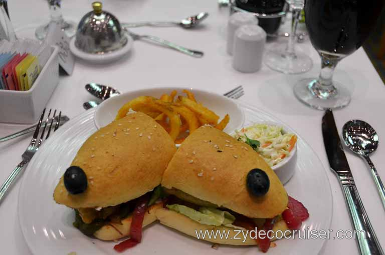 007: Carnival Magic, Main Dining Room Menus and Food Pictures, Lunch, Beer Battered Fish Sandwich,