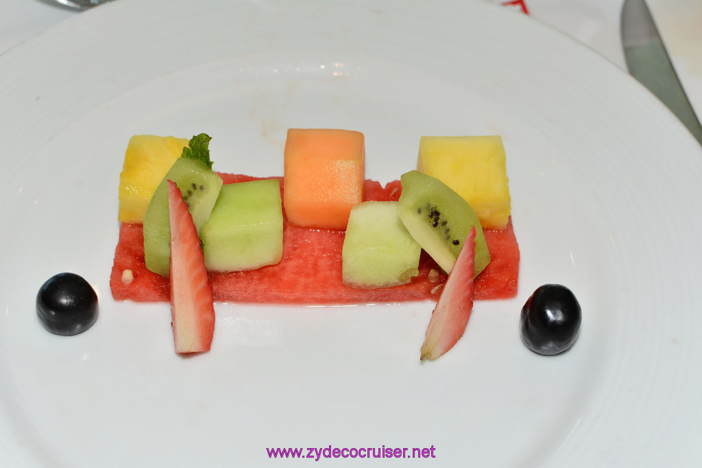 013: Carnival Cruise Seaday Brunch, Fresh Fruit (hold the cottage cheese)