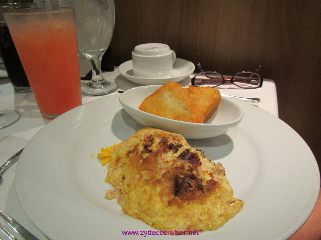 015: Carnival Cruise Seaday Brunch, Omelet and hash browns